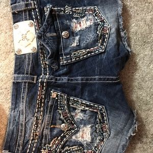 Miss Me brand. Size 29. Like new condition.